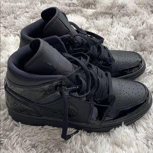 Jordan 1's all black size 8W